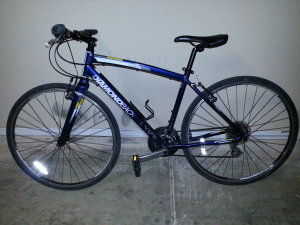 HYBRID BIKES 2 FOR 1 DEAL 2012 DIAMONDBACK INSIGHT1 - $600 (FAR WEST - Alamo Ranch area)