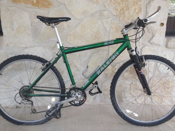 Raleigh M80 Mountain Bike - $200 (Helotes)
