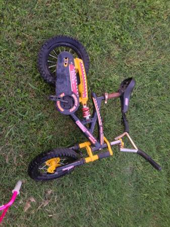 Tonka Kids Bike 12 inch - $35 (24th an Culebra)