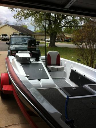 Bass boat for sale - x00243500 (Helotes)