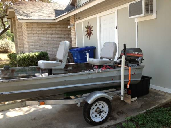 12 Jon Boat V-hull with motor and trailer - $1000