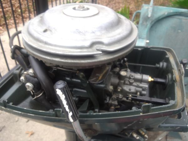 14 flat bottom boat and motor wide - $1800 (410 marbach)