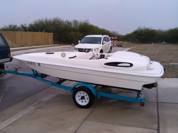 Bayliner Jazz 120HP - $2800 (New Braunfels)