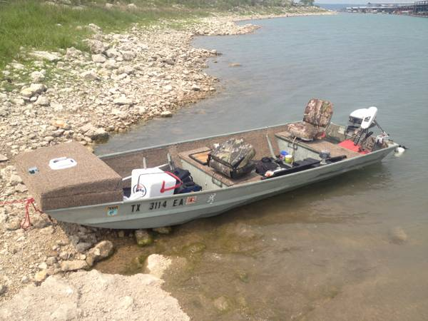 14 FT ALUMINIUM FLAT BOTTOM JON JOHN BOAT - $3500 (San Antonio Stone Oak Area)