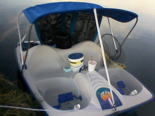 Seahawk 5 Person Pedal Boat with Canopy - $500 (nw SAN ANTONIO)