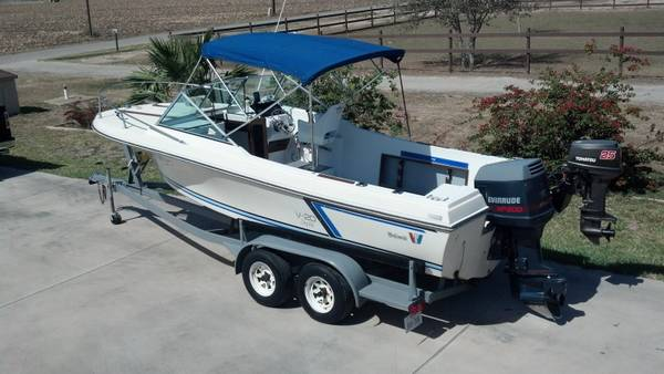 1987 Wellcraft v20 - $6800 (La Feria, Texas)