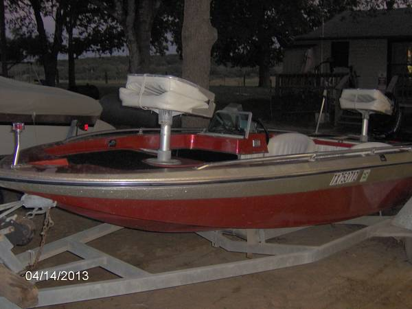 for sale 1976 checkmate bass boat - $2500 (willson county)