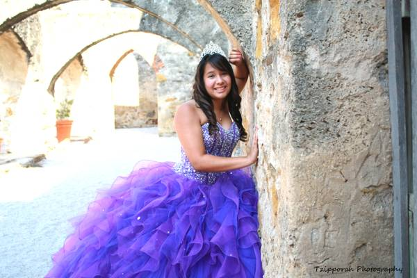 QUINCEANERA SWEET SIXTEEN Photographer-Free Session Included  San Antonio