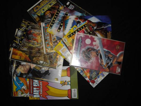 Lot of 18 Comic Books w Archie, Aliens, and many more - $15 (nw san antonio)