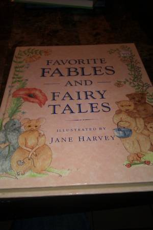 XMAS GIFT fairy tales and fables hardcover book - $3 (southeast)