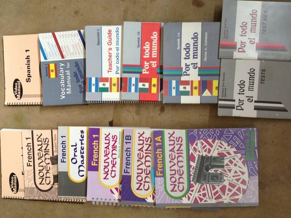 Abeka homeschool Spanish and French complete sets. High school - $50 (New braunfels)
