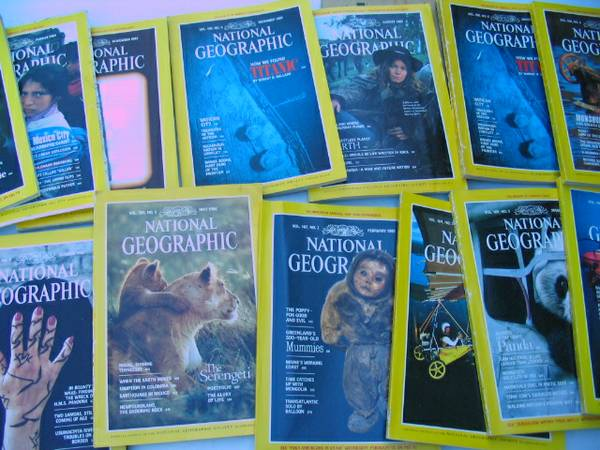 Lot 93 Vtg National Geographic Magazine Collection - $25 (NW Loop 410 Broadway S A Airport)