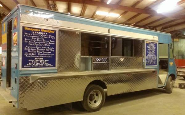 1995 Step Van Food Service Truck NEW INTERIOR - $12500 (Houston, TX)