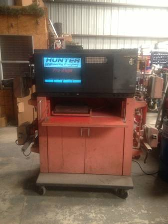 Hunter H111 Alignment Machine - x002450 (Spring Branch)