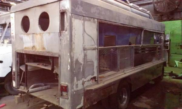 Step Van Food Service Truck - $4500 (Downtown Houston)