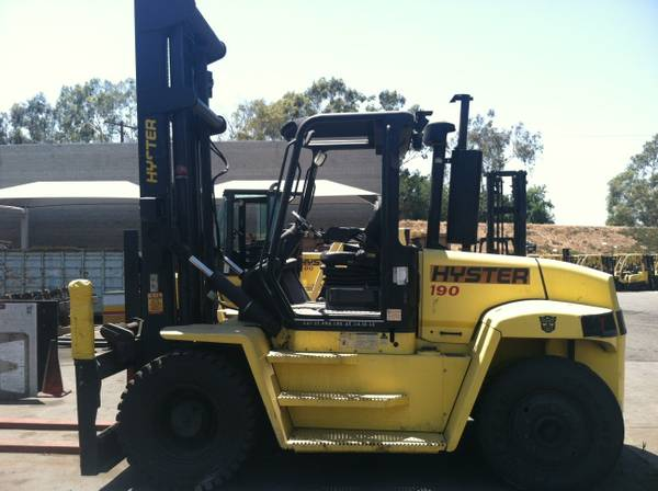 Hyster 19,000 lb. Capacity Forklift (Houston)