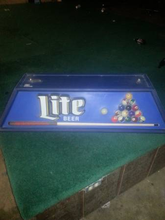 Vintage Pool Table Billiards Light - $1 (San Antonio Area)