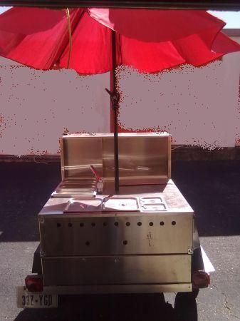 Almost new stainless steel Hotdog or taco stand - $1950 (UTSAI101604Bandera)