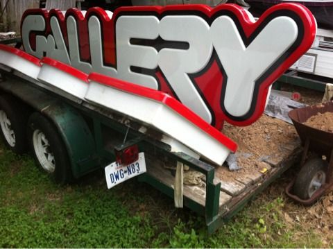 HUGE NEON SIGN GALLERY --- STOREFRONT LIGHTED SIGNAGE ---- - $600 (Tx )