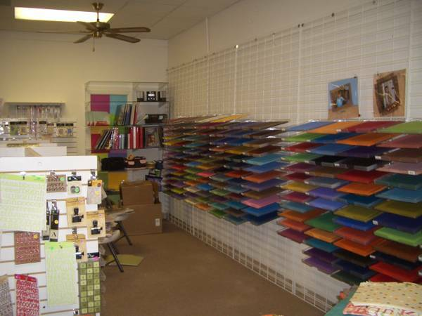 12 x 12 Paper Trays - $1 (Kingsville, Texas )