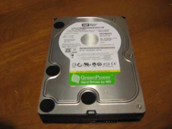 320GB Western Digital Desktop Hard Drive SATA - $20 (NW San Antonio)