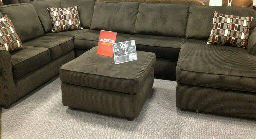 Dark brown sectional (nw)