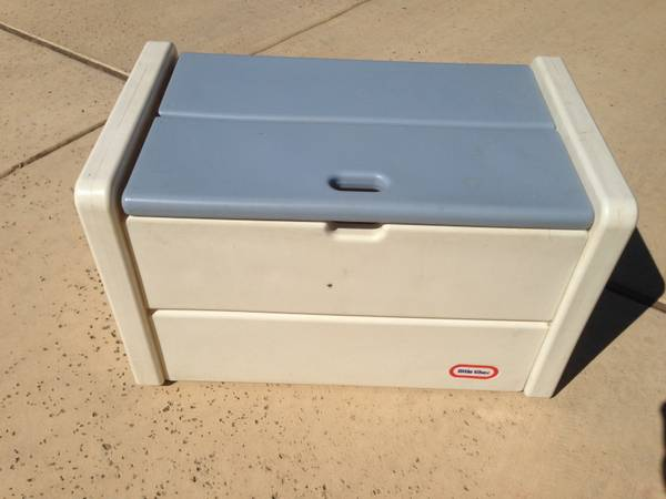 Little Tikes toy box - $25 (Evans  TPC Parkway)