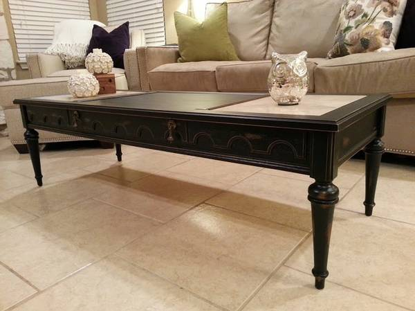 Gorgeous Coffee Table End Table Set