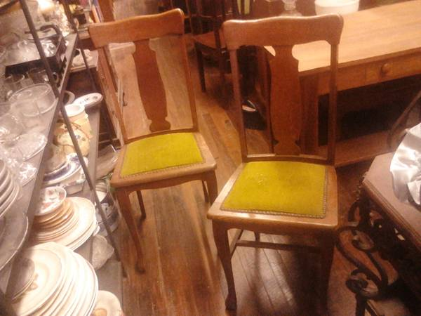 Antique Furniture Sale Beacon Hill Marketplace Every Wed-Sat 11-6pm (SA 726 Fredericksburg Rd.)