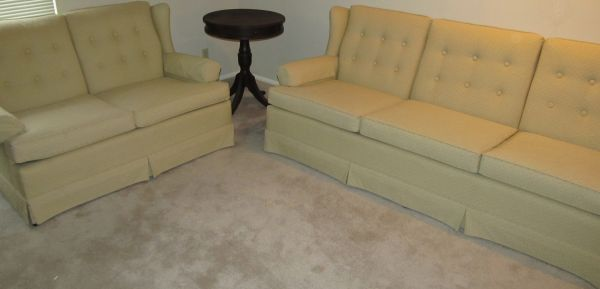 Sofa Loveseat-Ethan Allen-Wingback-Perfect Condition - $300 (Blanco Rd-Churchill Forest)