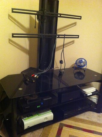 TV Stand and Mount - $140 (Olmos Park)