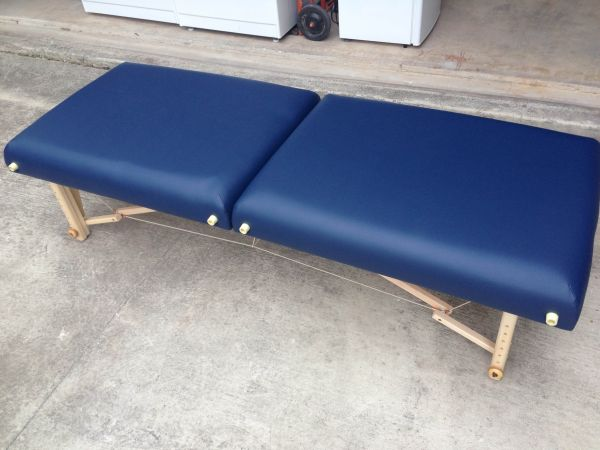 New Massage Table Never Used - $280 (Babcock 1604 NW)