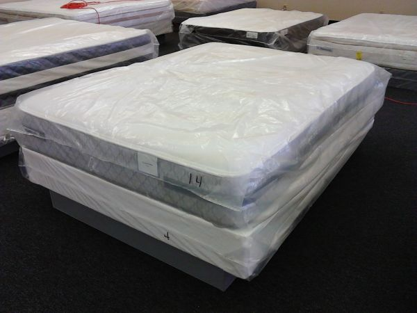 SEALY POSTUREPEDIC QUEEN SIZE MATTRESS AND BOX SPRING NEW - $399 (SA)