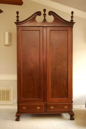 112 YEAR OLD CHIPPENDALE REPRODUCTION ARMOIREWARDROBE was $3K  - $600 (San Antonio)