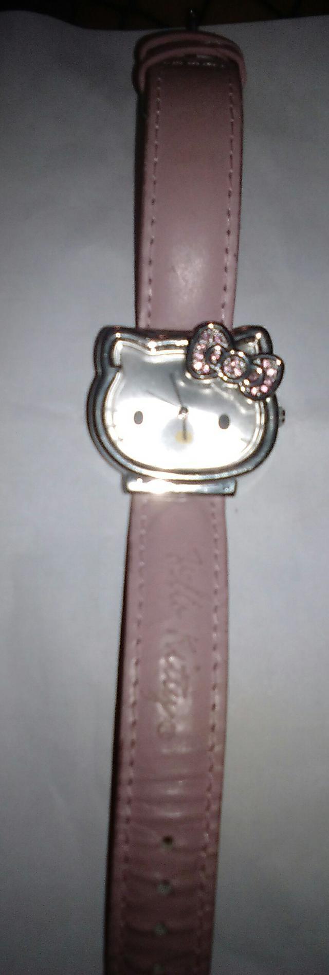 15  Hello Kitty Pink Watch