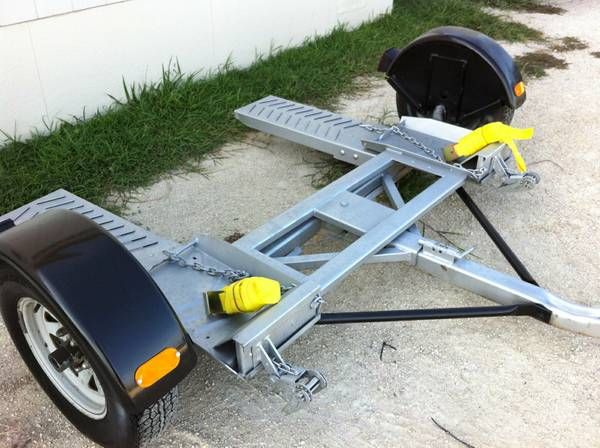 Car Tow Dolly KarTote Excellent - $750 (New Braunfels)