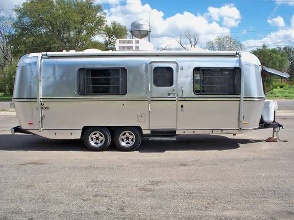 1978 Avion 25 Restored Travel Trailer (7.9meter) Similar to Airstream - $15500 (Hondo,tx)