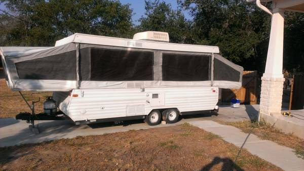 JAYCO 1406 TANDEM AXLE BIGGEST POP-UP MADE - $3500 (San Antonio)