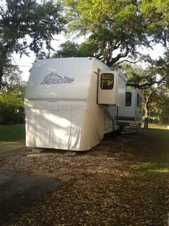 36 Alpinlite 5th whl. - $14995 (28146 Bulverde,Tx.)