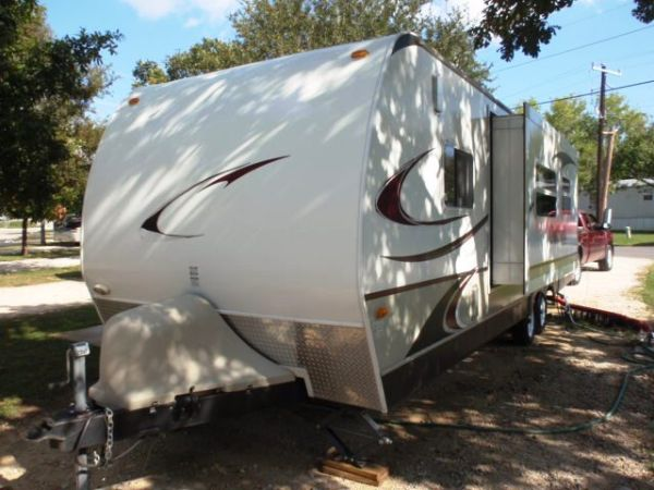 2009 KEYSTONE OUTBACK KARGOROO TOY HAULER ULTRALITE SALE TRADE - $16500 (NE SAN ANTONIO)