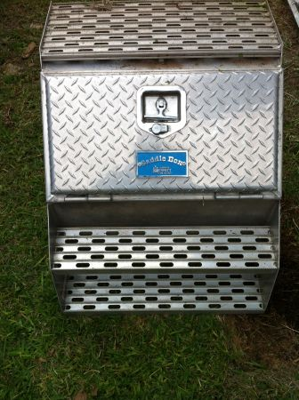 MERRITT SADDLE BOX - $375 (SE)