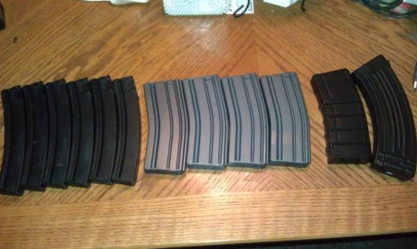 airsoft sale extra stuff for cheap. - $5 (seaworld)