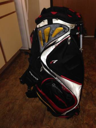 Taylormade R7 golf stand bag - $60 (South SA)