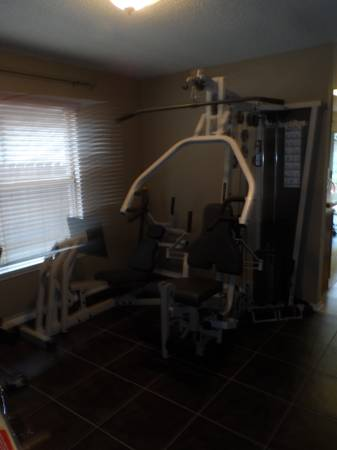 Nautilus NS-300 Home Gym - $600 (I-10 and De Zavala)