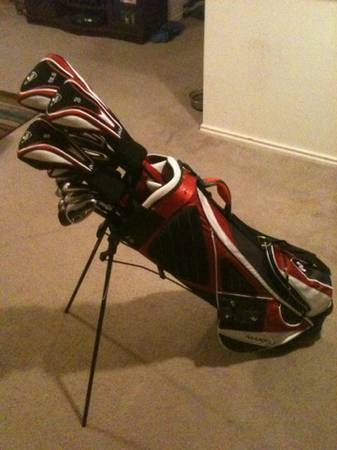 GOLF CLUBS- Maxfli Mens Full Set (bag included) - $200 (airport)