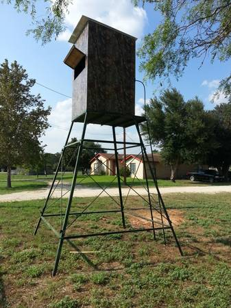 High quality custom deer blinds and towers. - $1275