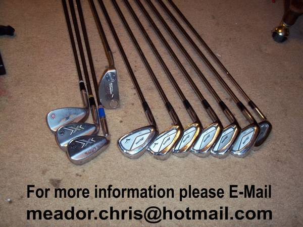 MIZUNO LEFT HANDED GOLF IRONS WITH SCOTTY CAMERON DEL MAR PUTTER - $600 (San Antonio)