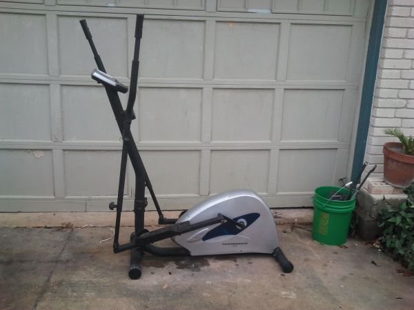 Elliptical Machine Evolution EE120 - $45 (nesa)