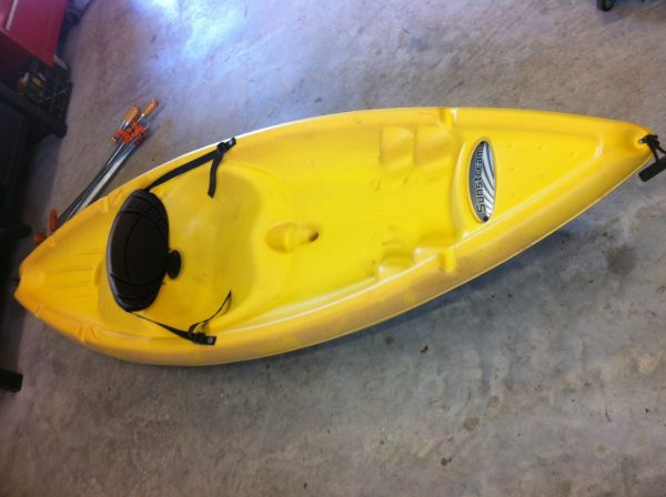 8ft Sunstream kayak  - $200 (La vernia)