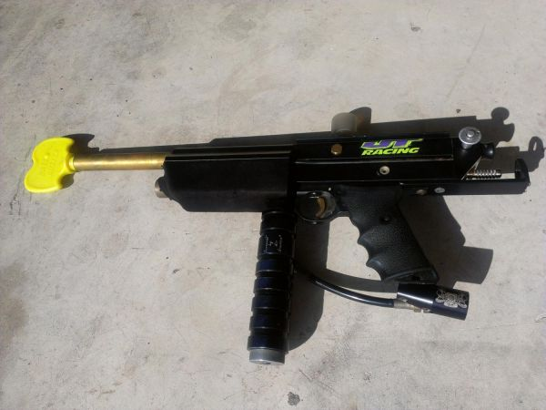 Bob Long Autococker Paintball Gun  Gear